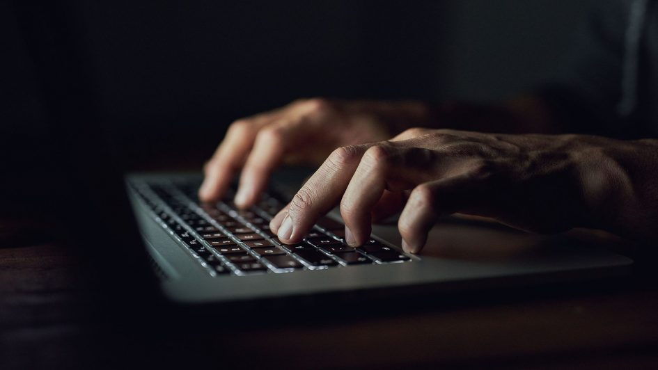 showing the danger of computer based scams